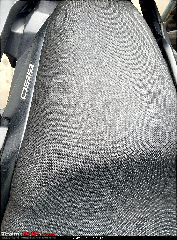 Kawasaki Versys 650 : The good times with my 'Dark Knight' begin! EDIT :Completes 11,000kms !!!-darker-seat-cover.jpg