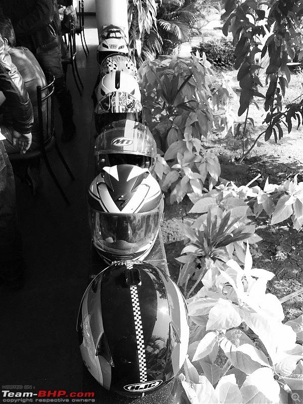 Kawasaki Versys 650 : The good times with my 'Dark Knight' begin! EDIT :Completes 11,000kms !!!-helmet.jpg