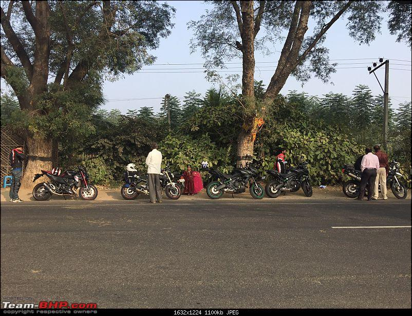 Kawasaki Versys 650:The good times with my 'Dark Knight' begin :Completes 20,000 kms !!!-bf-parking-2.jpg