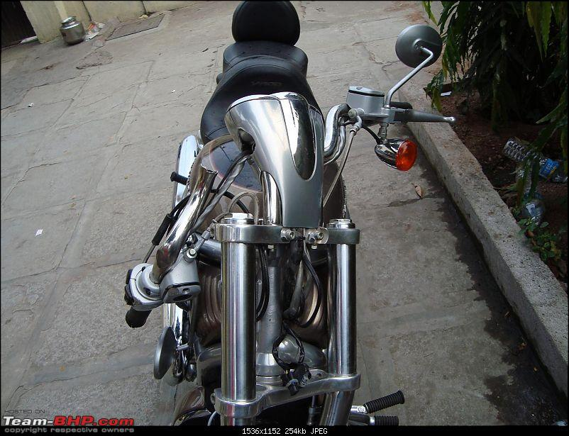 When HD V-ROD hits Hero Honda Splendor-dsc02011.jpg