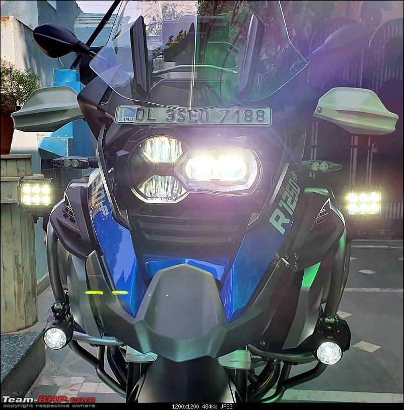 BMW R1250GS Adventure Pro MY2020 - Style HP - The Comprehensive Review-bmw-fog-lights-installed-21102020_5.jpg