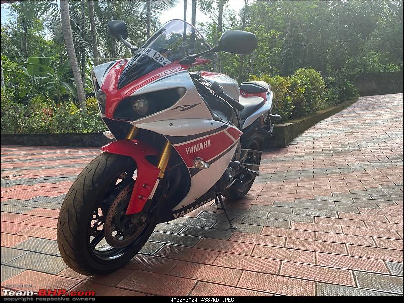 Review: My Yamaha R1 (WGP 50th Anniversary Edition)-r4.jpeg