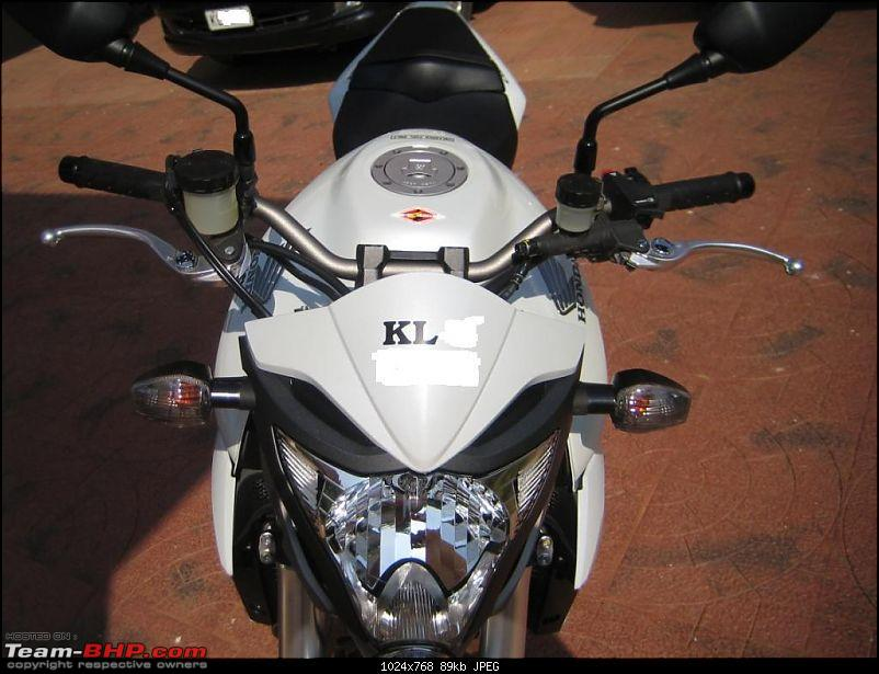 Pics for bike lovers - RX 100 - Fury 175 GPX - XL1200 N Nightster - CBR 1000R-cb-007lo.jpg
