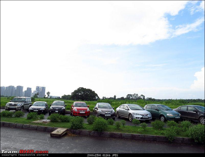 Of Rain drenched roads, muddy cars & a bunch of car nuts - The Very Rare Kolkata Meet-img_1564.jpg