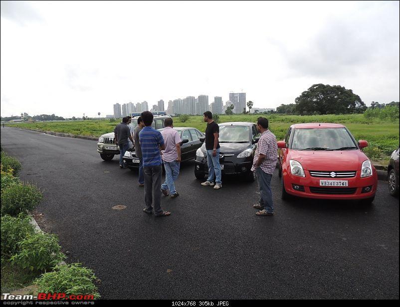Of Rain drenched roads, muddy cars & a bunch of car nuts - The Very Rare Kolkata Meet-dscn1022.jpg