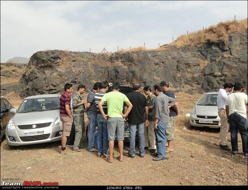 The *new* MH Mega Meet Thread- 1st December 2013- UPDATE: Poll closed- Lonavla it is!-everyone-checking-mods-elantra.jpg