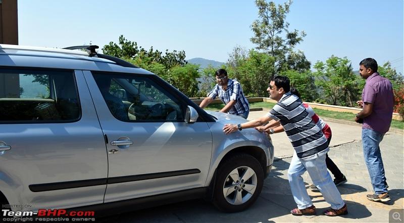 Team-BHP Meet @ Thekkady : 24th - 26th March, 2017-05-wait-there-car-missing.jpg