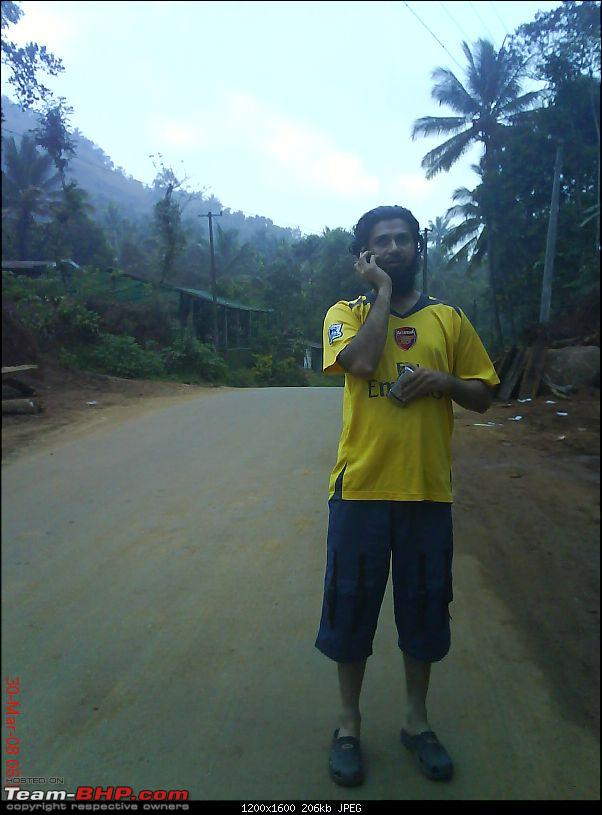 April 2008 Cochin - 4 days of meets and 1 great drive!-zak-phone.jpg