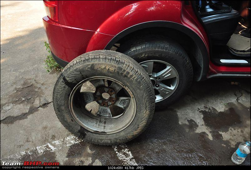 XUV500 safety issue: Weak alloy wheels. EDIT: Mahindra starts silent recall!-dsc_0658.jpg