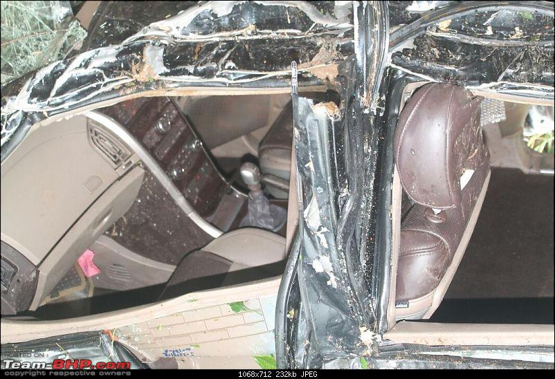 Mahindra XUV500 W8: Severe topple, but Side Airbags didn't deploy!-img20150801wa0004.jpg