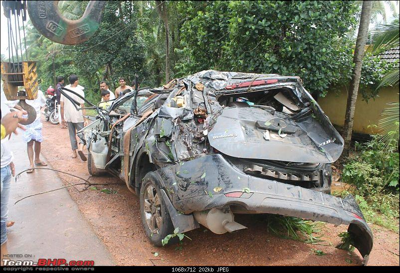 Mahindra XUV500 W8: Severe topple, but Side Airbags didn't deploy!-img20150801wa0009.jpg