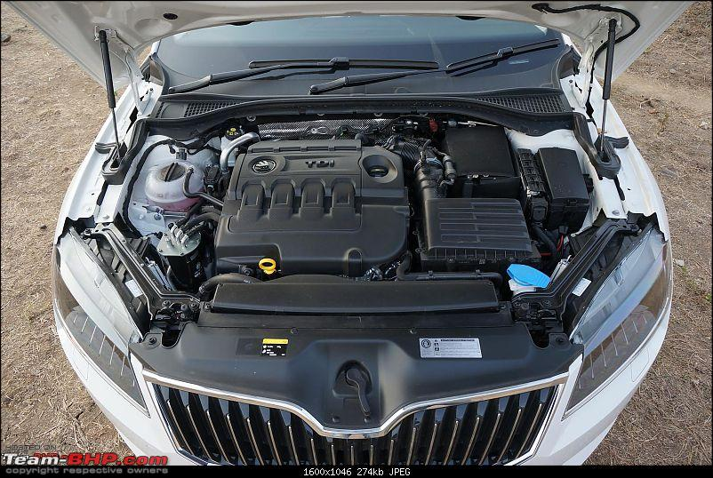 The best-looking Engine Bays among Indian cars-2016skodasuperbtdi.jpg