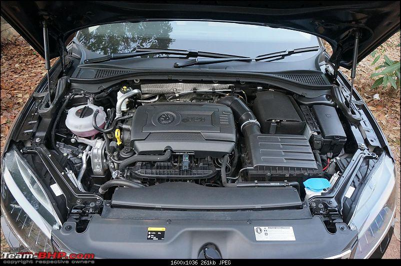 The best-looking Engine Bays among Indian cars-2016skodasuperbtsi09.jpg
