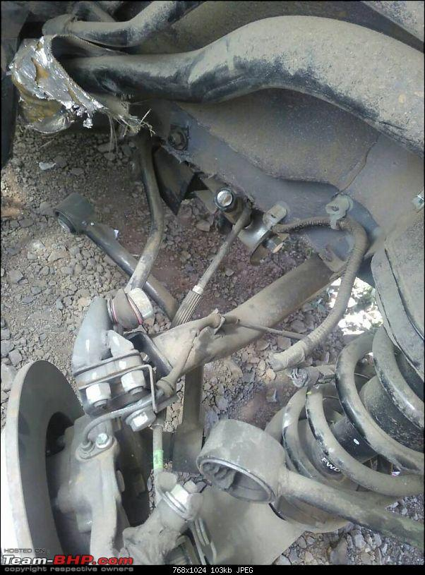 Mahindra XUV500 - Broken Axle is diagnosed to low tyre pressure!-1485002679249.jpg