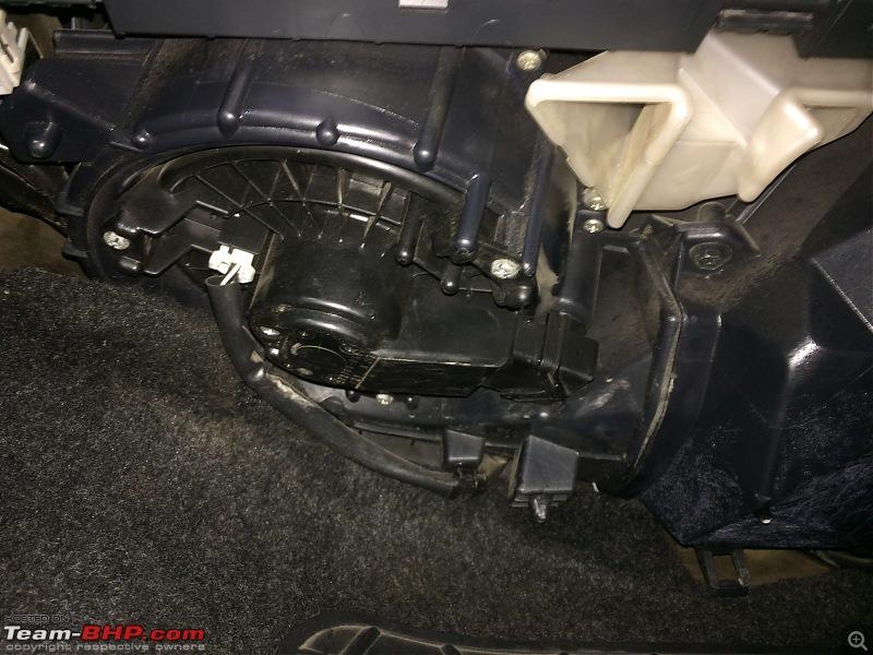 Water Leakage in cars - Causes & solutions-img_1008.jpg