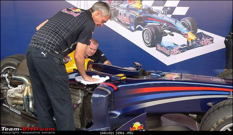Pics & Video : Red Bull Formula 1 Car Assembly & Engine Fire-up in Mumbai-p1000716.jpg