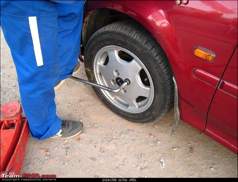 Pictorial Guide: How to change a flat tyre!-img_9770-large.jpg