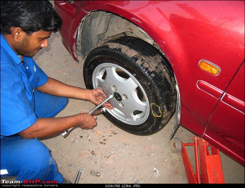 Pictorial Guide: How to change a flat tyre!-53382.jpg