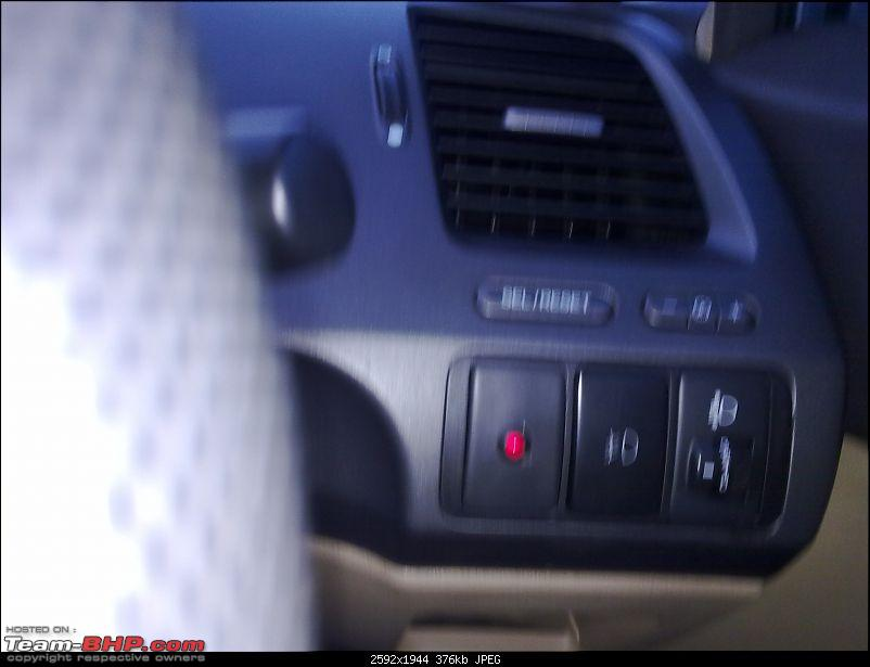 *Installed* : Vtec indicator in my Honda Civic-02072011656.jpg