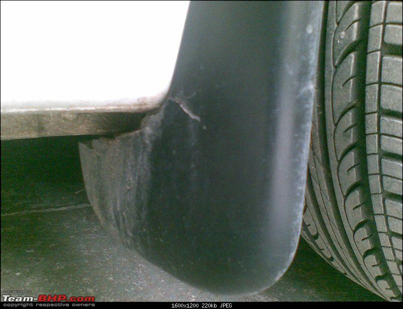Suicide Mud-Flaps of the Ford Figo-07072011013.jpg