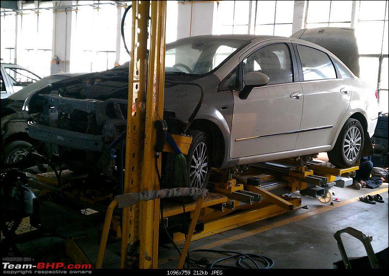 Fiat Punto Accident: B-pillar damage-chassis.jpg