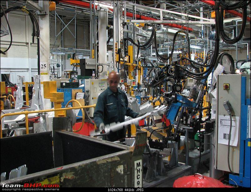 PICS : Jaguar's Castle Bromwich (UK) Factory. Detailed report on the making of the XJ-img_7755.jpg