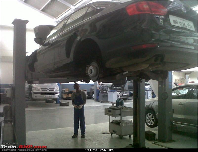 Jet Set Go! Volkswagen Jetta Highline AT. *UPDATE* 2 years and 2nd Service up-hydraulic-lift.jpg