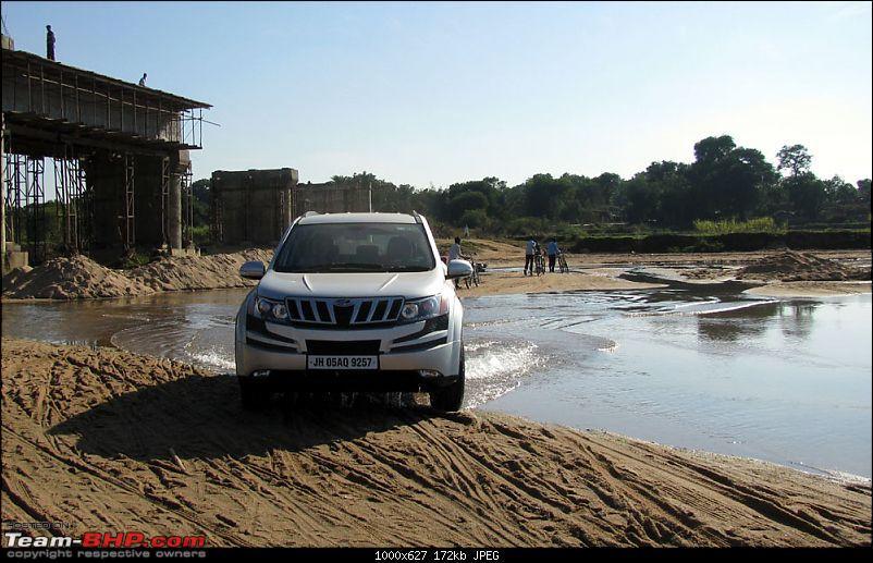 Debuda's Silver Mahindra XUV500 W6 @ Jamshedpur-xuv1.jpg