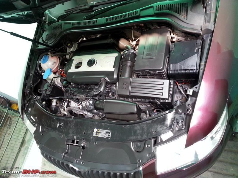 Name:  Skoda Superb 1st Service 9392km 12032012_3 Engine.jpg Views: 4113 Size:  399.0 KB