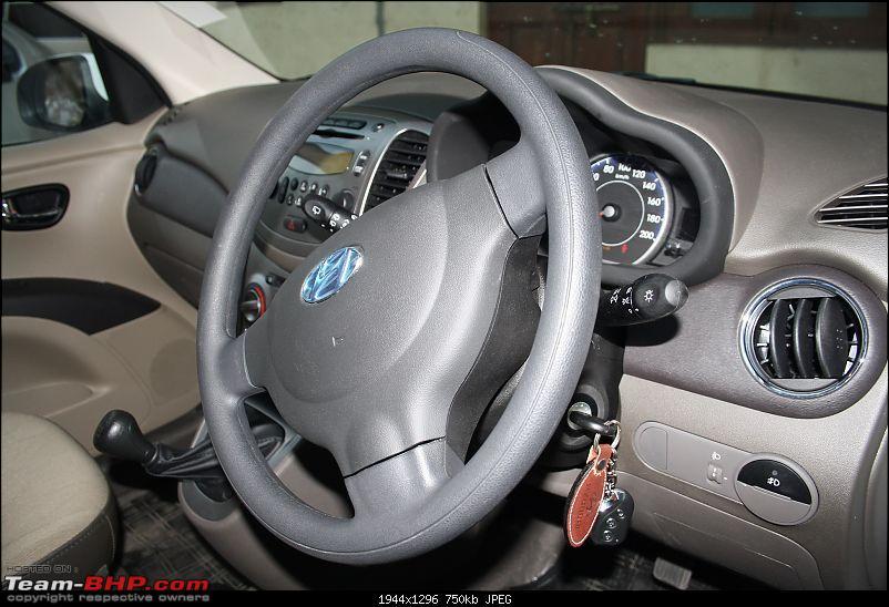 Hyundai i10 Kappa2 Sportz - The Crystal White Beauty with Alloys-img_0084.jpg