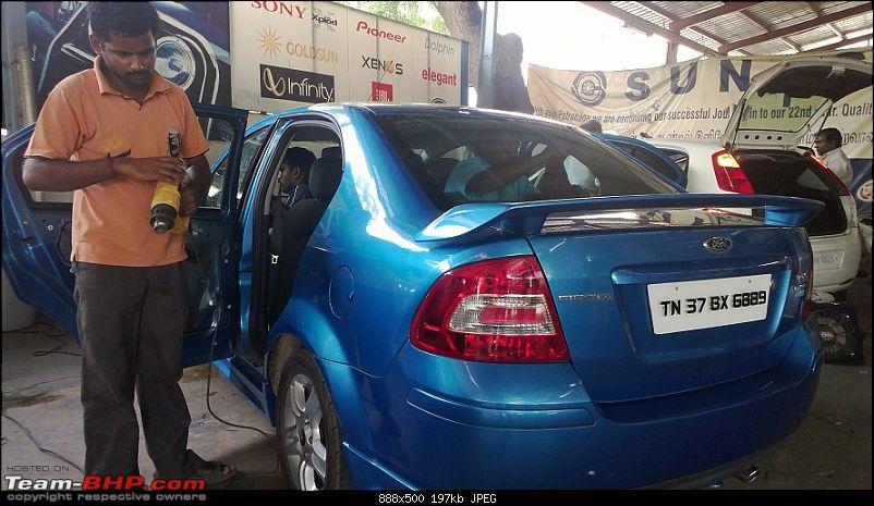 The last Samurai - Ford Fiesta 1.6S-rear-windshield.jpg