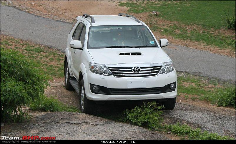 KL-31-E-X00X : 2013 Toyota Fortuner, the world is mine-img_7692re.jpg
