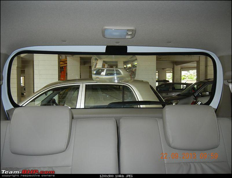 Got Fortune'd: White Toyota Fortuner-rear-lens.jpg