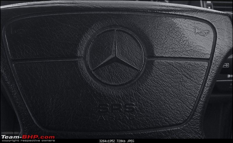 """Herr Kampfpanzer"" - The unfolding story of my Mercedes E220 (W124)-steering-airbag-bw.jpg"