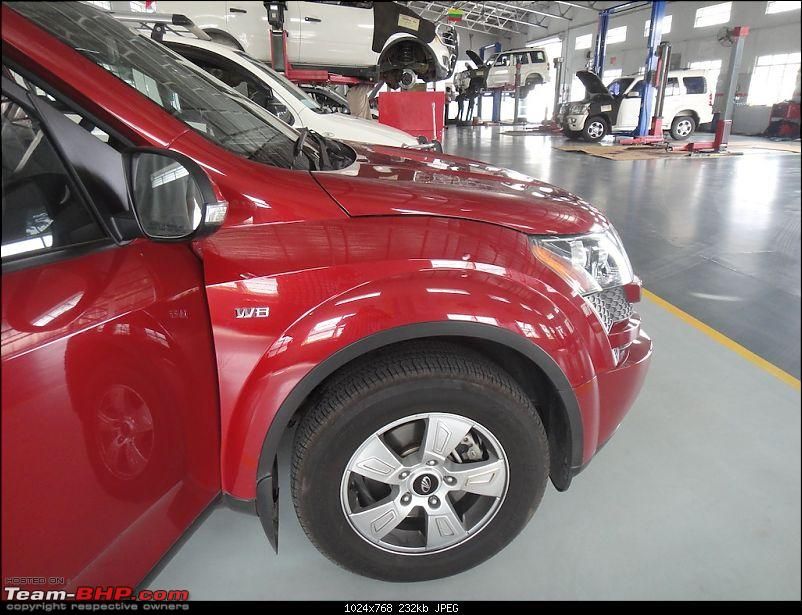Sita, Red Mahindra XUV5OO W8 joins our Family. EDIT: 1 Year & 35,000 kms up-pose7.jpg