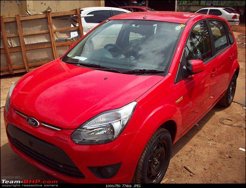 Ted - A Diamond White Ford EcoSport Diesel Titanium-picture-030.jpg