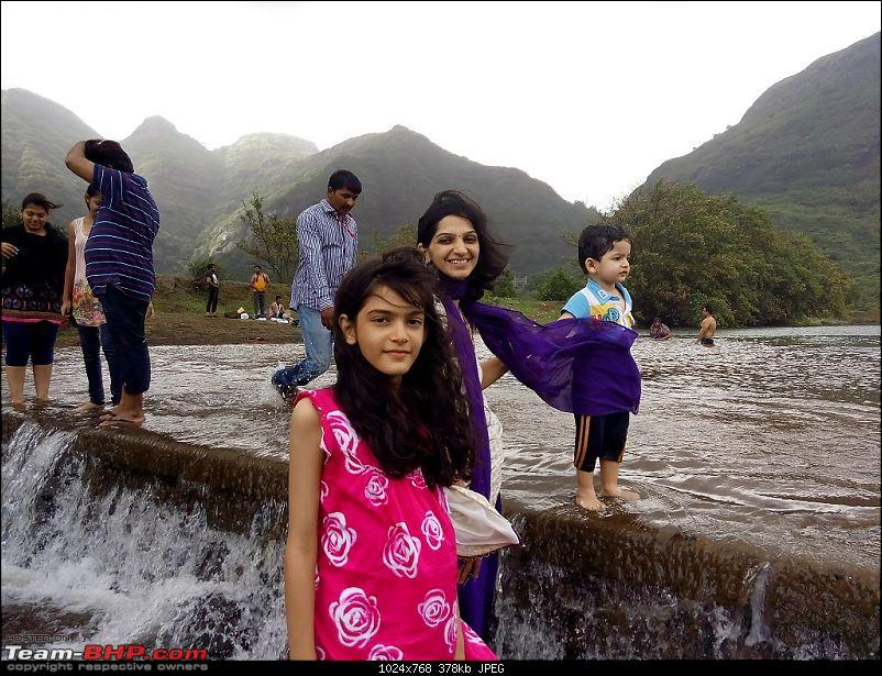 Toyota Innova: My Pre-worshipped Black Workhorse-family-enjoying-waters-other-picknickers.jpg