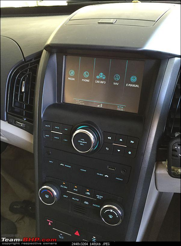 The New Age Mahindra XUV5OO W8 FWD - My Battle Cat's Roar-infortainment-system.jpg