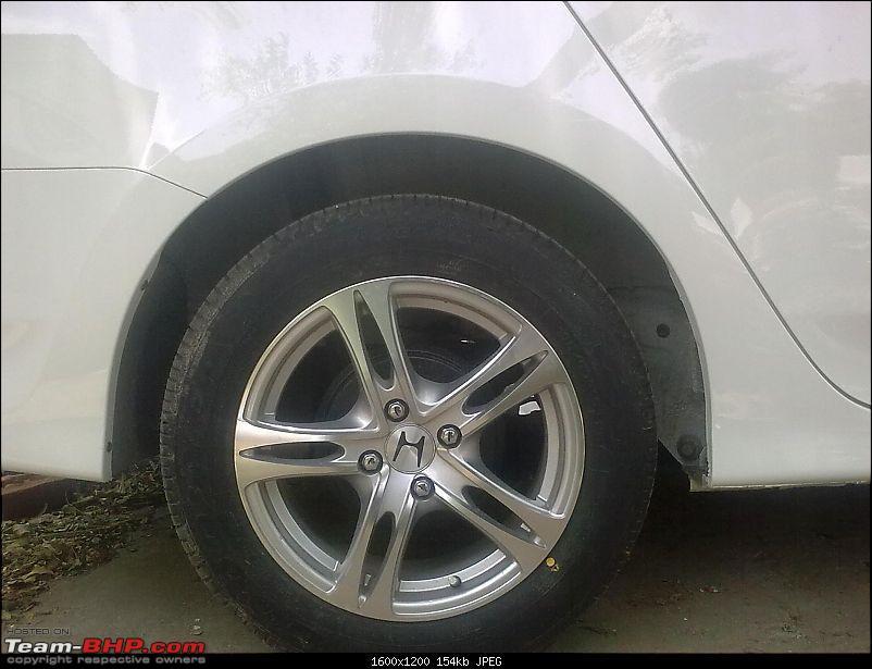 White Honda City '09 AT-anhc3.jpg