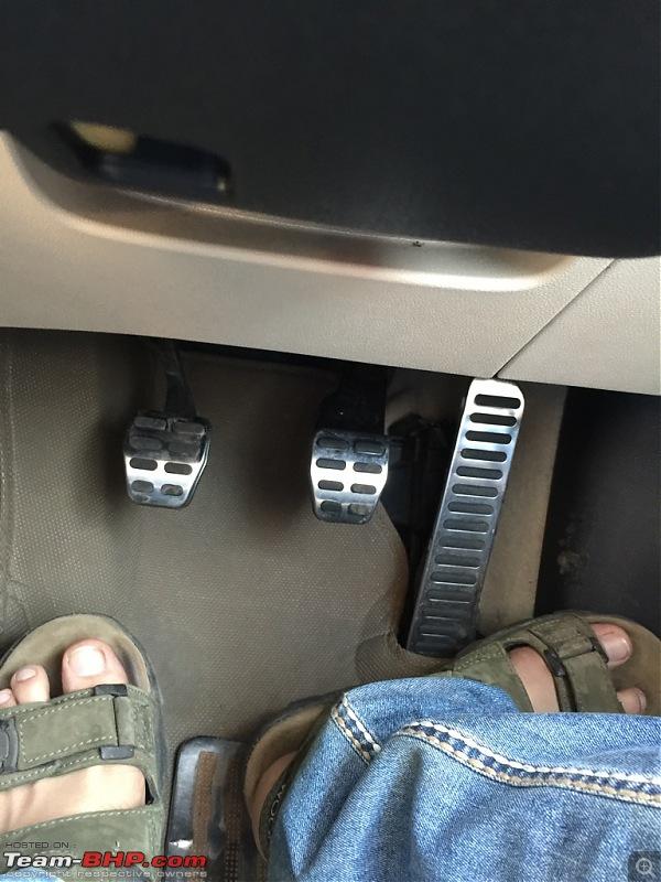 My VW Jetta Highline TDI - Tempest Blue. EDIT: Pete's tuned-pedals.jpg