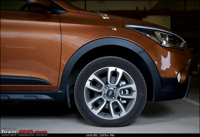My Earth-Brown Hyundai i20 Active 1.4L CRDi SX-outsideind3.png