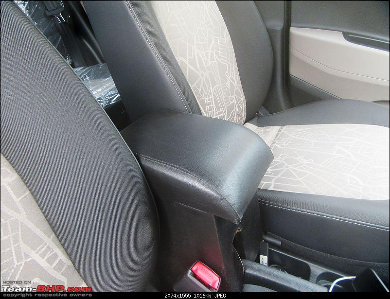 Hyundai Grand i10 Asta (O) AT comes home-arm-rest.jpg