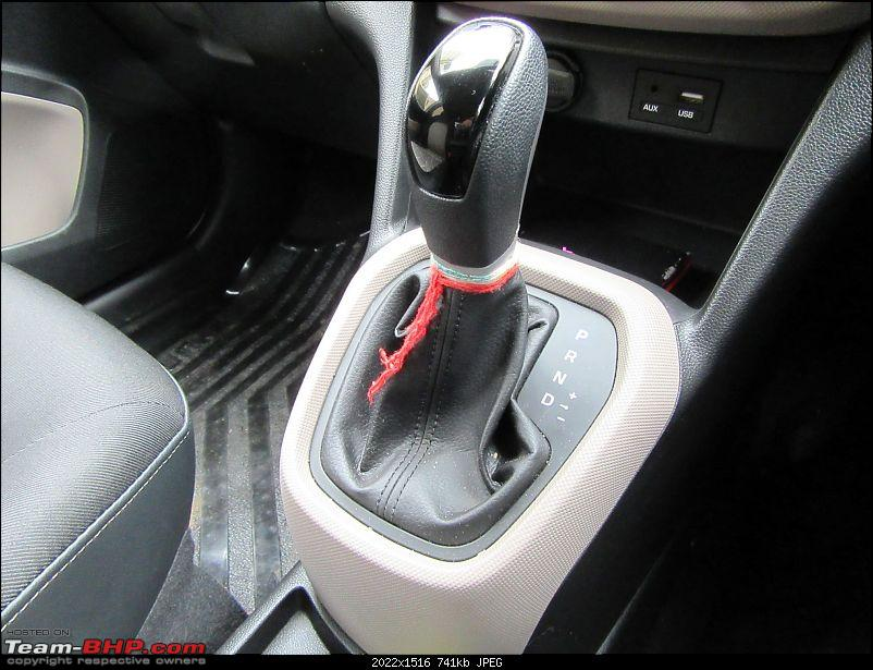 Hyundai Grand i10 Asta (O) AT comes home-gear-knob.jpg
