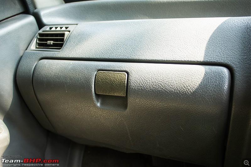 Cheap Thrills: My pre-owned '03 Maruti Zen VXi-glove.jpg