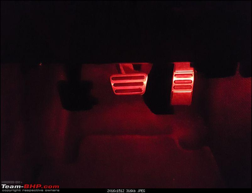 My pre-worshipped Ford Mustang 3.7L V6-ambient-lights-pedal.jpg