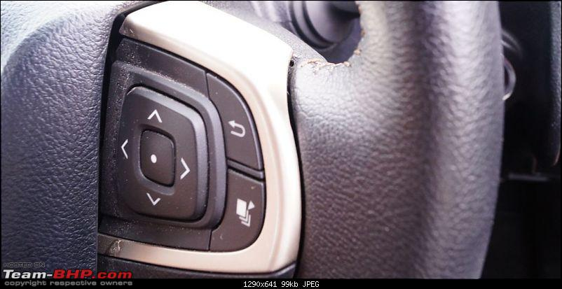 Review: Toyota Innova Crysta 2.7L Petrol AT-buttons.jpg
