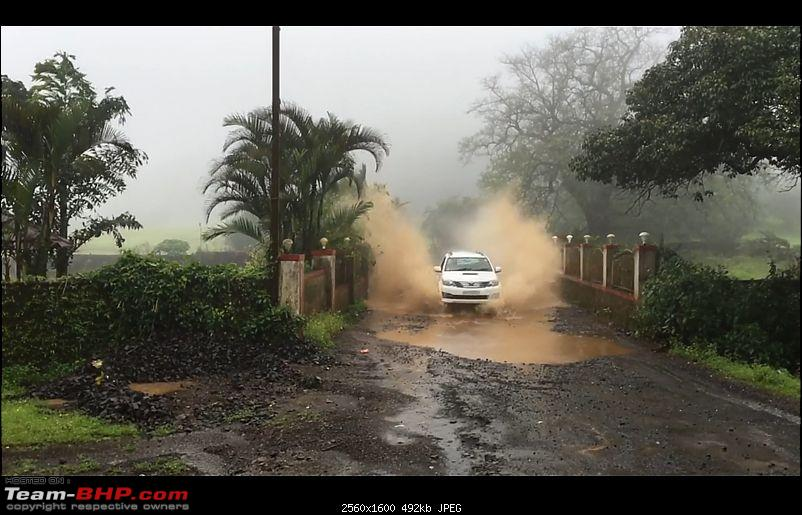 One year with the Toyota Fortuner 4x4 AT : My Furteela Ghonga-offroad-copy.jpg