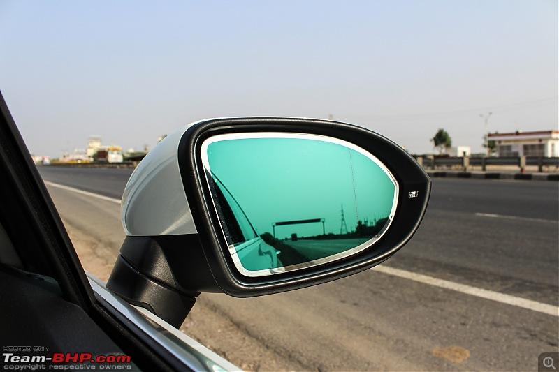 Driven: Volkswagen Passat-7.-orvm-autodim_1.jpg
