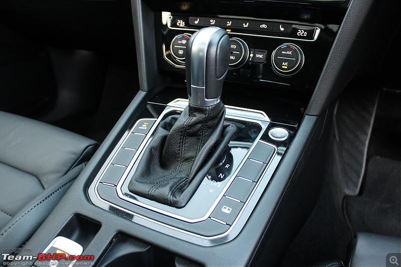 Driven: Volkswagen Passat-22.-center-console_1.jpg