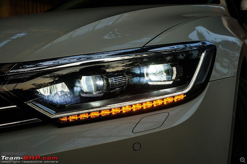 Driven: Volkswagen Passat-headlight-cornerlight.jpg